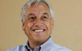 Sebastian Pinera, in vantaggio in Cile nelle presidenziali